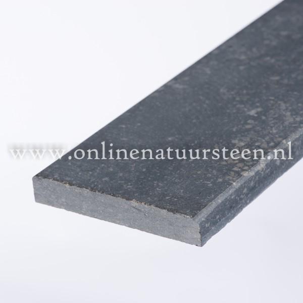 Belgisch hardsteen (gezoet) - 4 cm.