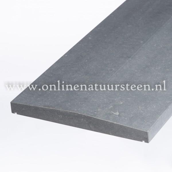 Belgisch hardsteen (gezoet) 2 zijdig aflopend model 3cm.