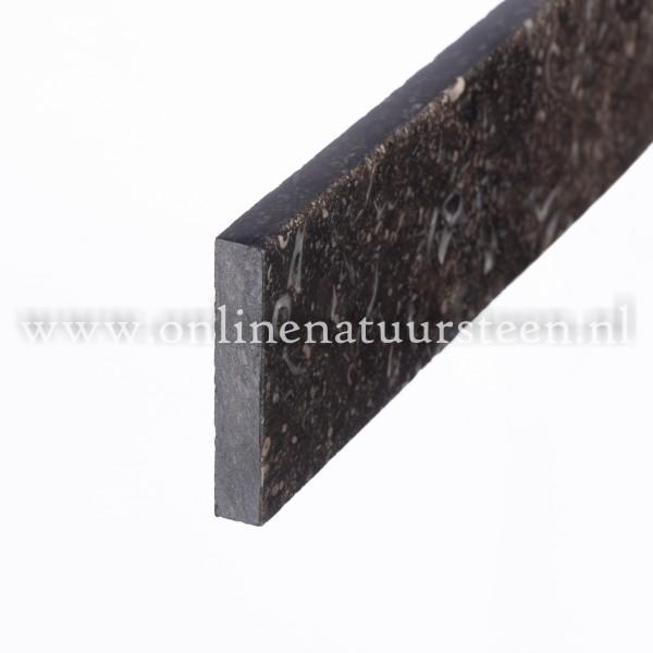 Belgisch hardsteen plinten (Donker gezoet)