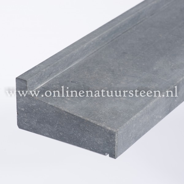 Belgisch hardsteen gezoet geprofileerd - 16 cm. maatwerk