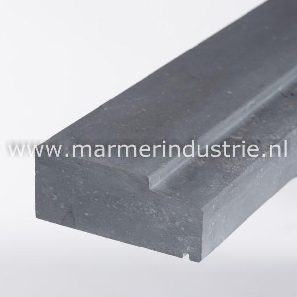 Belgisch hardsteen spekband geprofileerd