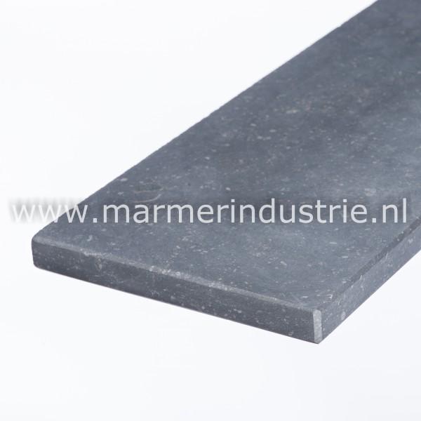 Belgisch hardsteen (gezoet) 1,5 cm.